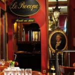 Paris Walking tour with parisian
